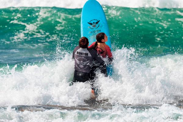 clases de surf en salinas asturias